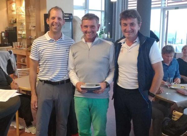 3 Schläger Turnier bei Panorama Golf am 21. Oktober. Netto-A-Sieger