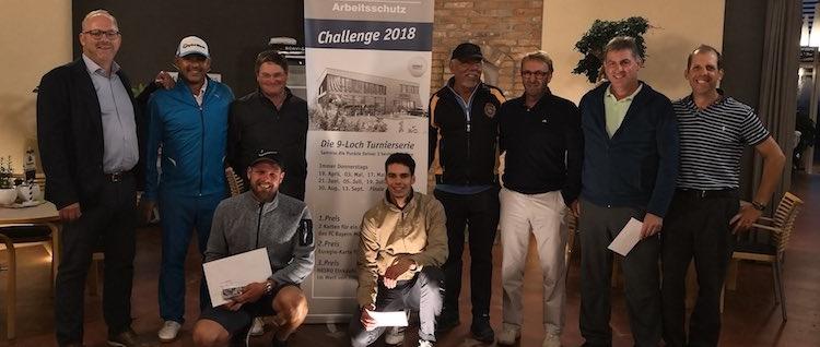 Das ist die Siegerehrung der HESKO Challenge 2018 bei Panorama-Golf.